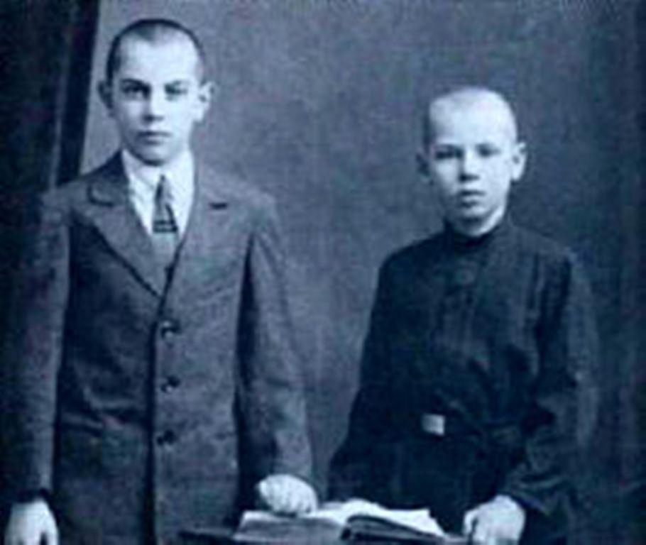 Братья Борис и Георгий Жжёновы. Петроград, 1920-е годы