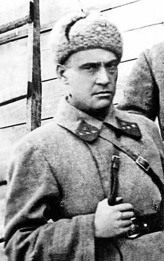 Валериан Басилашвили на фронте. 1941 год