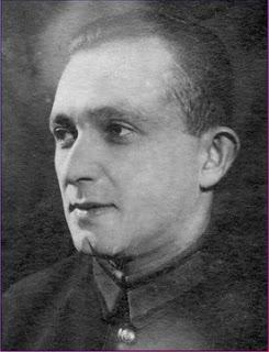 Влади́мир Га́риевич Ага́тов (Вэлвл Иси́дорович Гуревич) (1901, Киев — 1966, Москва) — советский поэт-песенник.