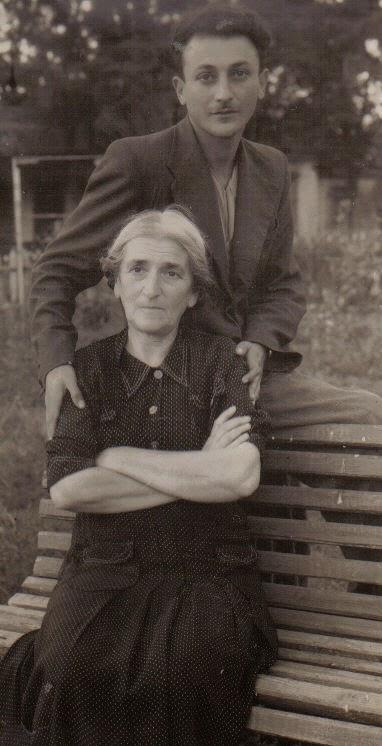 Я с мамой в Померках. Рогозин Павел.