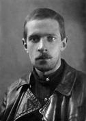 Художилов Николай Михайлович (16.09.1900, Петербург – 20.12.1937, Ленинград) – дядя. Расстрелян в Ленинграде 20 декабря 1937 г., похоронен в Левашовской пустоши.